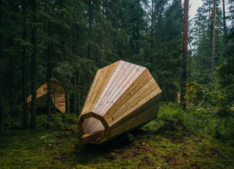RUUP – AN ART INSTALLATION OF GIANT EARPHONES IN ESTONIA   Drawing United